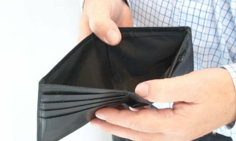 3 nebezpečné investice, které vám můžou rychle vysát peněženku a kam investovat namísto nich