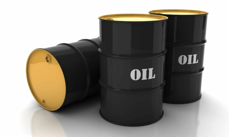 Útok na ropná zařízení v Saúdské Arábii pobláznil trh. Cena za barel se může dostat až na 100 dolarů
