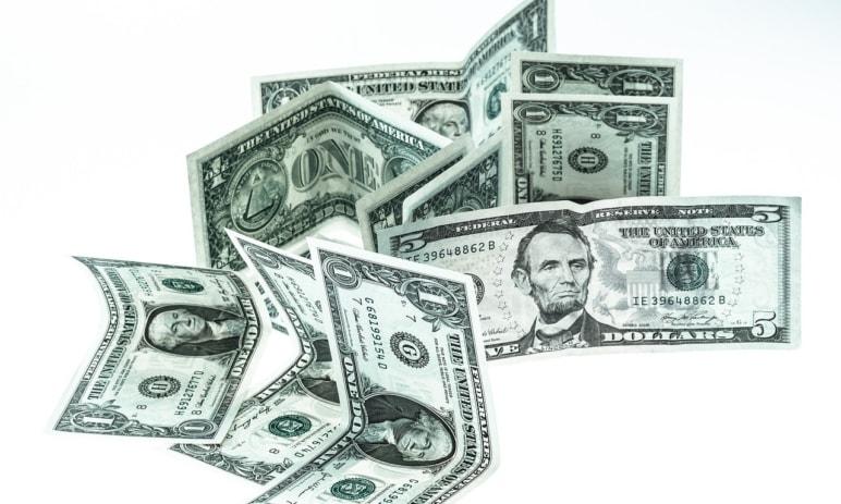 FED hodlá snížit úrokovou sazbu, přichází nová krize?
