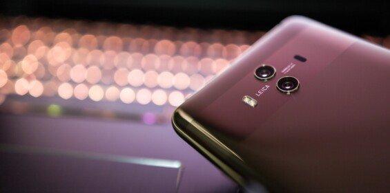 Mobilní telefon Huawei Mate 10