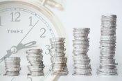 Deflace: Co je to deflace? A jaké má příčiny a dopady?