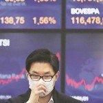 <strong>Přečtěte si také:</strong> Akciové trhy se otřásají v základech. Španělsko, Itálie i Jižní Korea zakazují short-selling