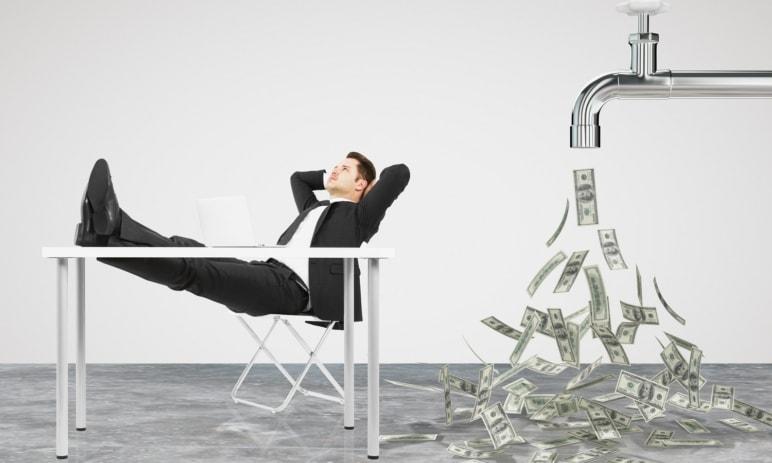Pasivní příjem – Co je to, jak ho vybudovat, kolik peněz na něj potřebujete? Velký průvodce pro rok [current-year]