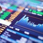 Cestou ven z krize může být strategie pečlivého vybírání podhodnocených akcií a zbavování se předražených titulů.