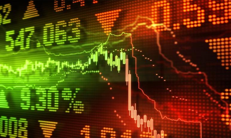 4 reálné důvody, proč by mohl akciový trh velmi brzy spadnout jako domeček z karet