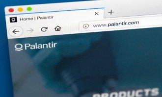 Jedna z nejkontroverznějších společností Palantir se připravuje na své IPO