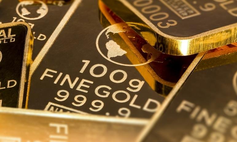 Trh zlata (XAUUSD) pohání rekordní inflace, bude to ale stačit? Jak investoři reaguji na prohlášení Fedu?