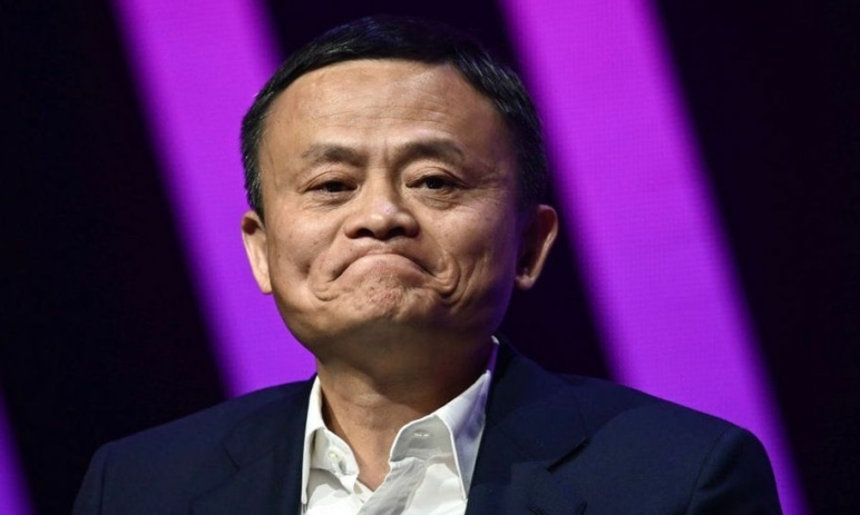 Trest za úspěch aneb éra veleúspěšného čínského byznysmena Jacka Ma končí - byrokracie, ohromné pokuty, nucené rozebírání podniku úřady