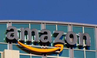 Kolik byste museli investovat do Amazonu, abyste dnes byli milionářem?