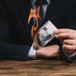 <strong>Čtěte také:</strong> Skutečný příběh o tom, jak jeden trader na burze přišel o všechny své peníze kvůli nezvládnuté psychologii tradingu