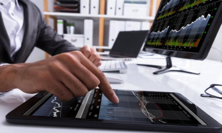 Akcie - Kurzy akcií, jak koupit akcie online, jak investovat do akcií, obchodování akcií v roce 2021
