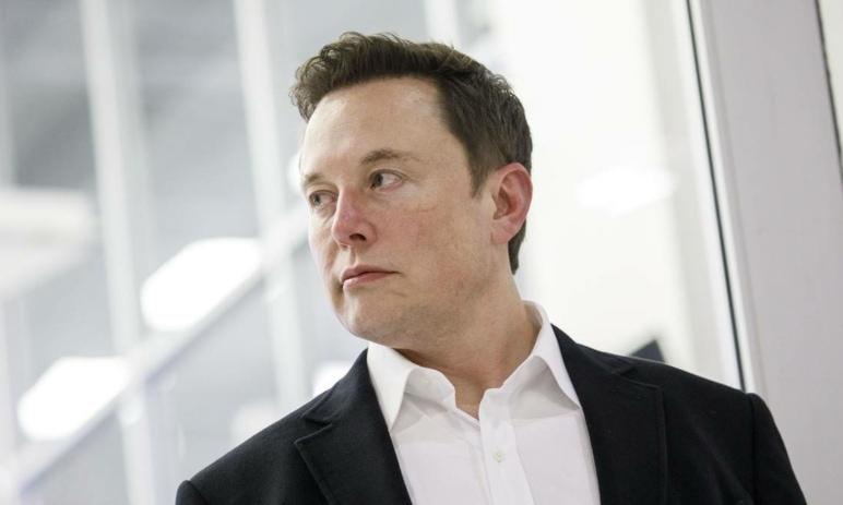 Elon Musk je nejbohatším člověkem světa - především díky akciím své Tesly