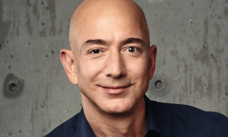 3 návyky nejbohatšího muže světa: Včem tkví klíč k úspěchu Jeffa Bezose? A jak můžete být mnohem efektivnější?