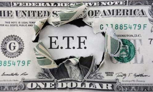 Aktivní ETF během zvýšené volatility na trzích válcují své pasivní protějšky