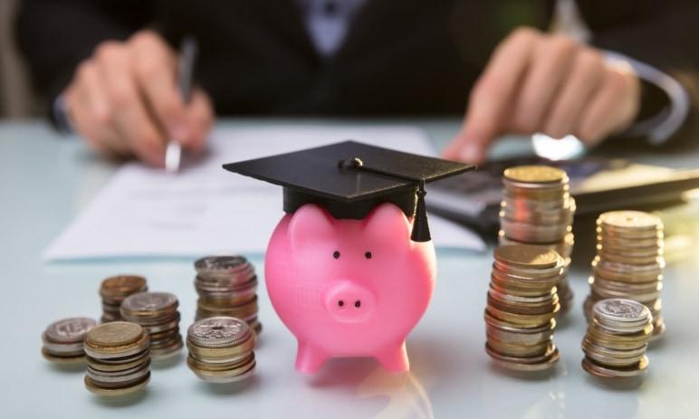 Základy finanční gramotnosti - Jak správně zacházet s financemi? Jaké jsou následky finanční negramotnosti?