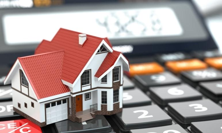 Na obzoru je změna podmínek refinancování hypoték - Podmínky se pro klienty bank možná zpřísní