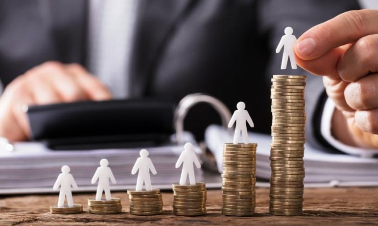 Jak se vyvíjí průměrná mzda v ČR od roku 2020? Zasáhl ji covid? Ne, naopak - roste!