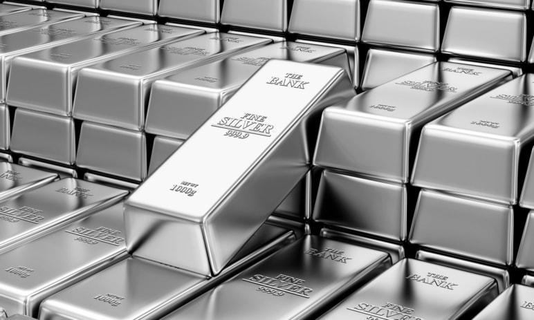 Stříbro růst průmyslové poptávky nespasí! Existují fundamentální a technické důvody pro růst?