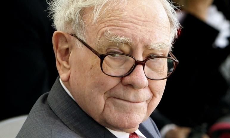 Nejhorší přešlapy Warrena Buffetta, aneb i mistr tesař se někdy utne - Co nás jeho chyby mohou naučit?