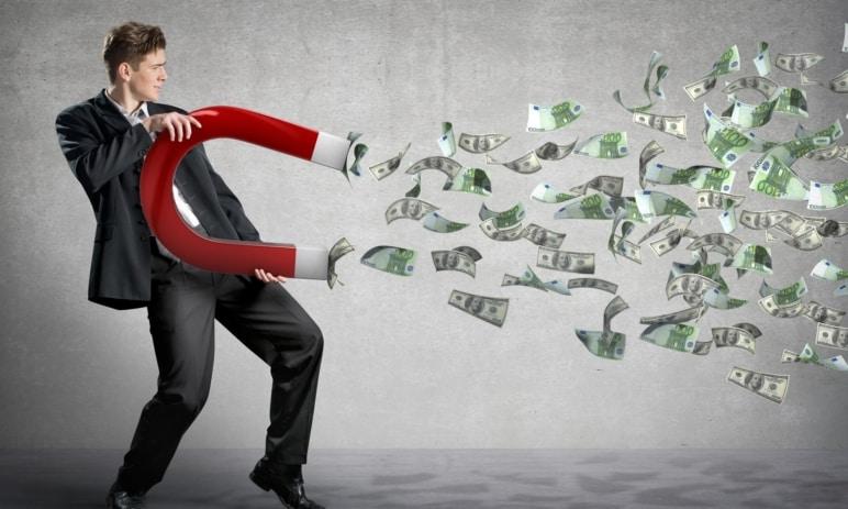 Zákon přitažlivosti - Jak funguje ve vztahu k penězům a jak správně s penězi pracovat?