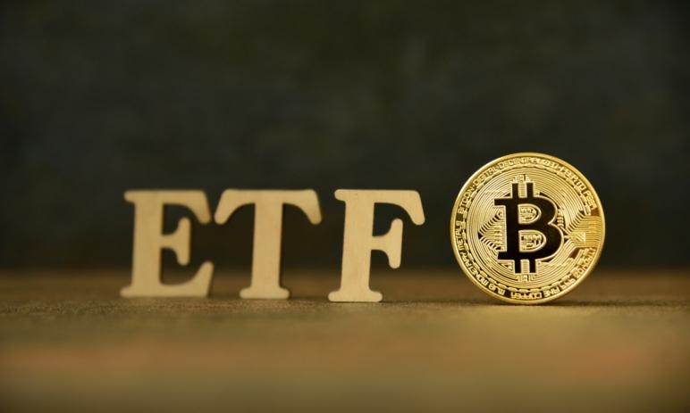 Co je to Bitcoin ETF a proč je důležité? Jak může Bitcoinu schválení ETF pomoci?