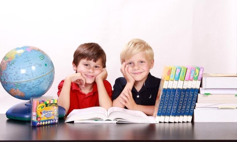 Warren Buffett radí: Co naučit děti o penězích?