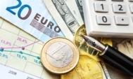 koruna-dolar-euro-forex-CZK-USD-EUR-kalkulacka-pero