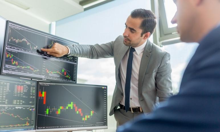Akcie: Vše, co potřebujete vědět o jednotlivých typech akcií (růstové, cyklické, dividendové...)