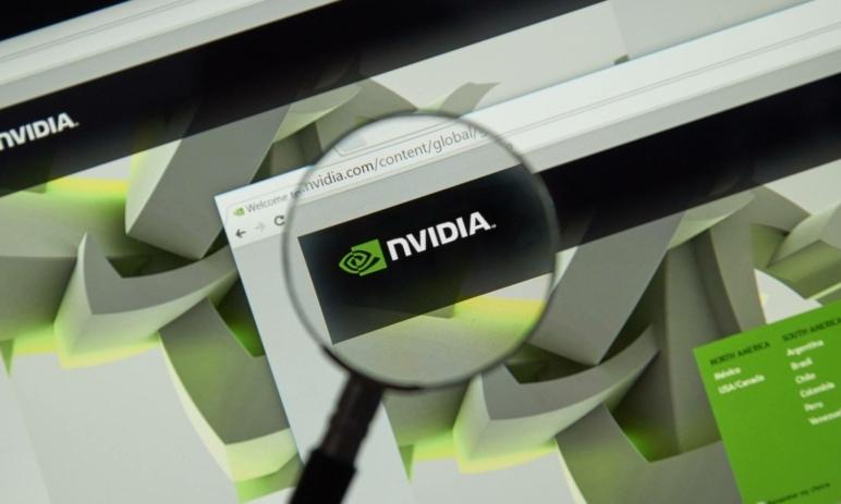 Analýza akcie Nvidia (NVDA) – zisk a výnosy skvělé, technicky držíme uptrend